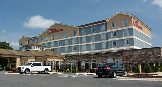 Hilton Garden Inn Statesville: Travelers View from I-77