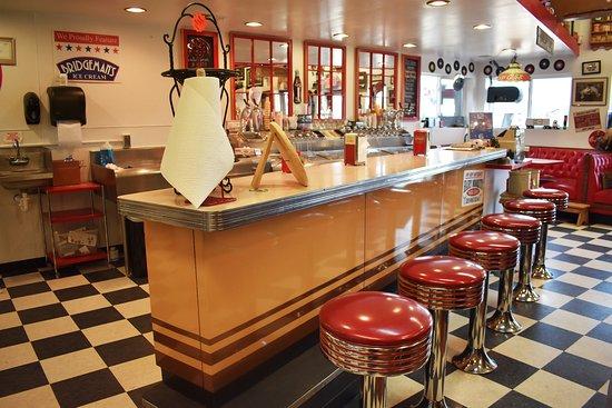 Milaca, MN: Ice Cream Parlor inside