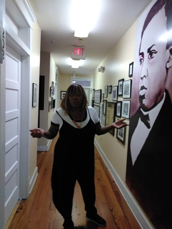 Wells' Built Museum of African American History: Engaging guide