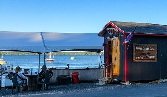 Surry, ME: Perry's Lobster Shack