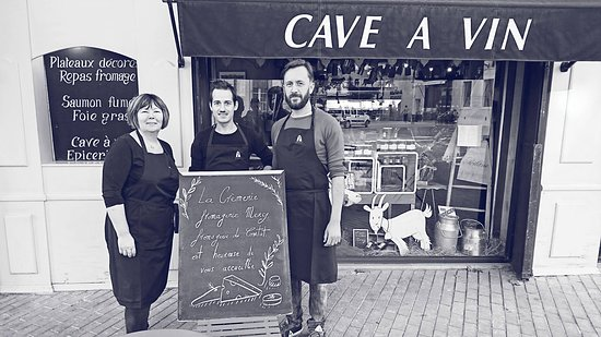 Carpentras, Frankrike: Marie, Romain et Rémy vous accueillent à la Crèmerie-Fromagerie MERCY