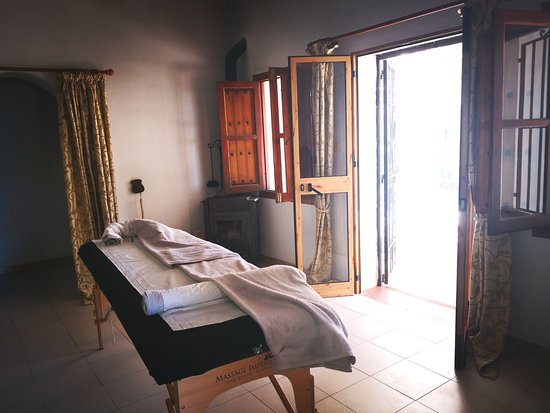 Competa, Spain: Mobile massage to your own home