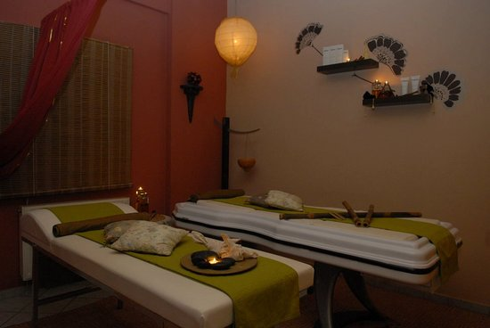 Hermoupolis, Greece: Massage Room / Δωμάτιο Μασάζ