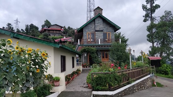 An amazing place nestled in the Himalayan cradle