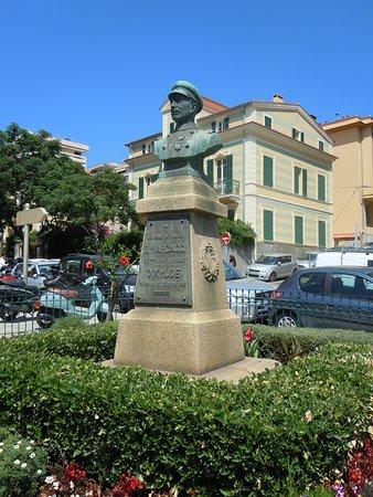 Buste Sylvestre Marcaggi