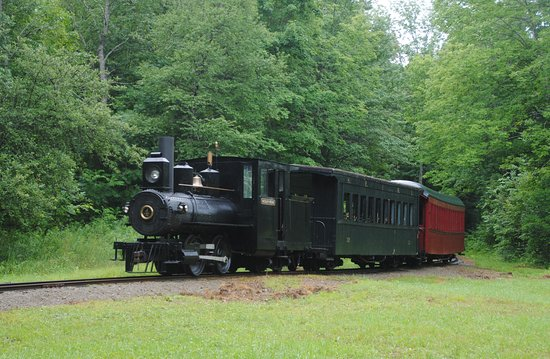 Phillips, ME: Hard to tell that this is not a steam locomotive!