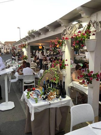 Le Saline Marzamemi Via 75 Restaurant Reviews Phone Number Photos Tripadvisor