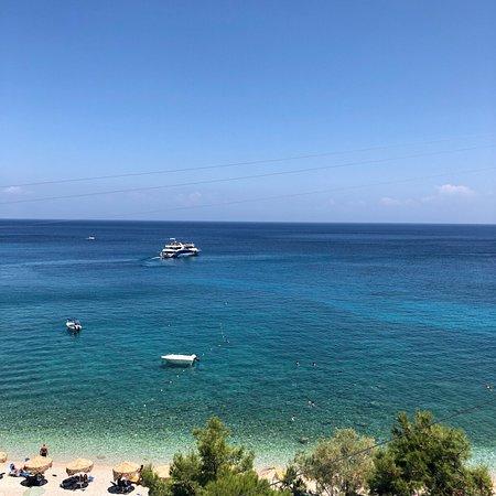 Makris Gialos Beach: photo1.jpg