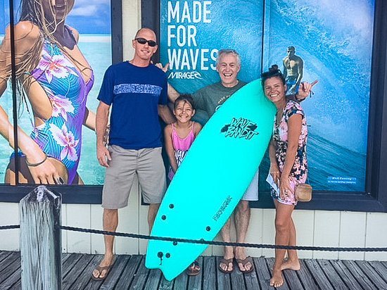 Outer Banks Boarding Company: The Perry family with Lynn Shell and Shelby's birthday board, a new Wave Bandit!