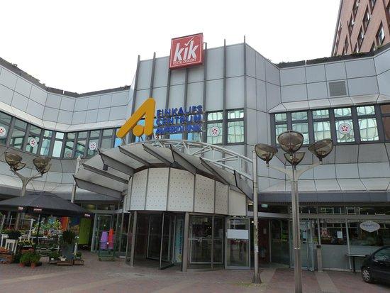 Einkaufscenterum Averdunk