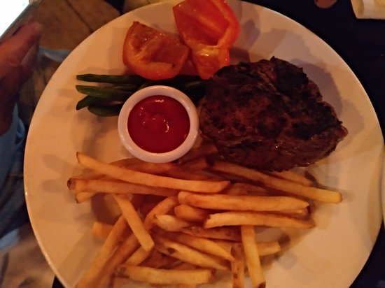 The Keg Steakhouse + Bar Kingston: Solomillo