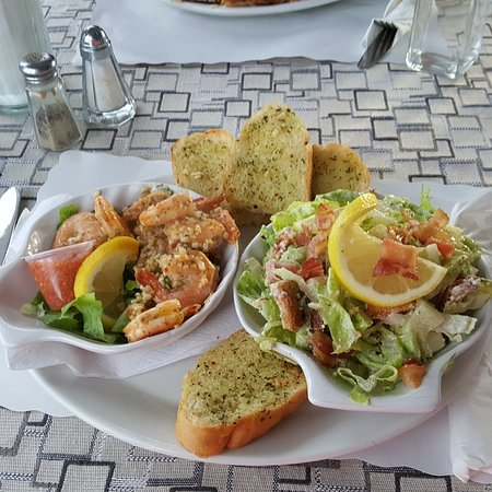 Harbourview Marina & Cafe: 20180726_192615_large.jpg