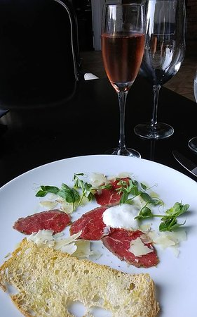 The Little Inn: beef carpaccio