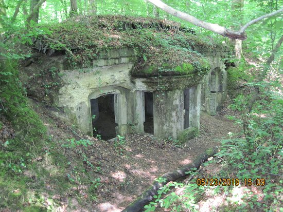 Abris du Kronprinz: This is the commanding officer's bunker....could not blow it up