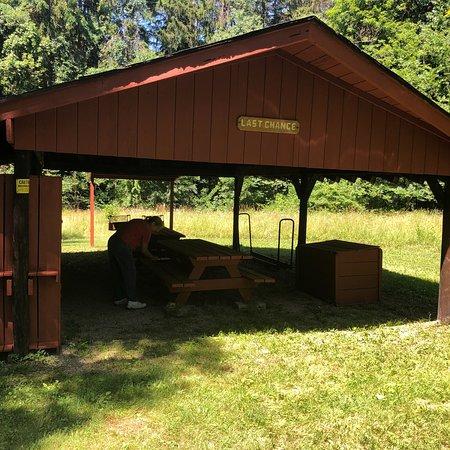 Richfield, OH: Last Chance shelter.