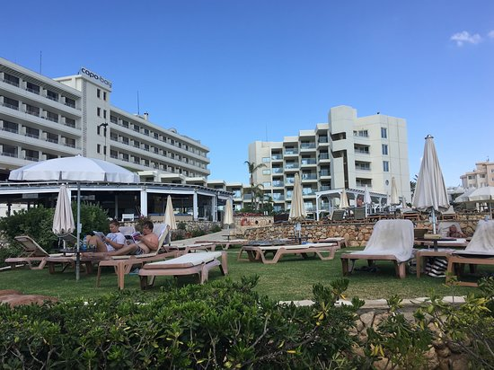 Capo Bay Hotel: View from fig tree bay