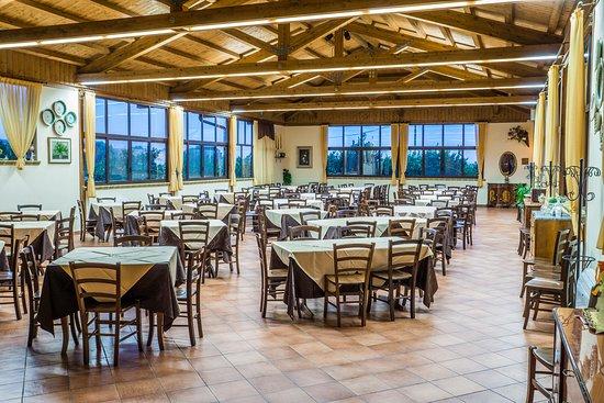 Allestimento sala per banchetto di nozze picture of agriturismo il giardino del sole - Agriturismo il giardino del sole ...