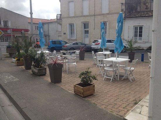 Etaules, Frankrike: terrasse