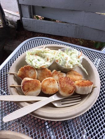 Captain Frosty's Fish & Chips: Giant scallops