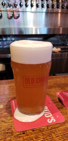 Old Chicago: less foam, more beer!