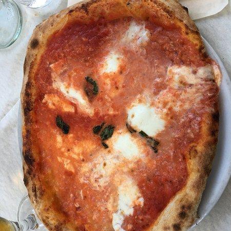 Ristorante Mont Frety: Pizza napoletana