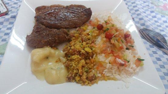 Juatuba, MG: Comida maravilhosa!