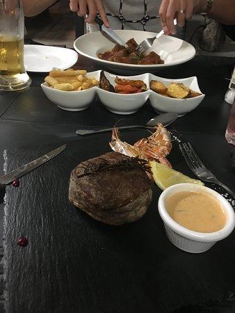 Tas-Serena Cafe & Restaurant: Main meal