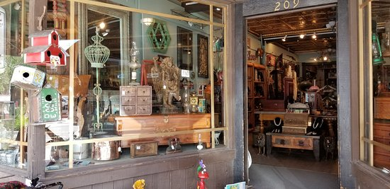 Big Sky Antiques