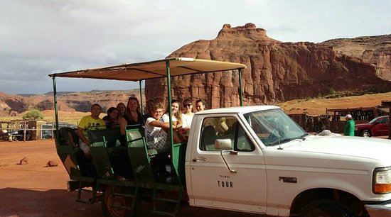 Monument Valley Tribal Tours