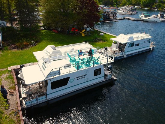 Rideau Lake Boat Als 36 Ft With Adirondack Chairs In 2019the 40 Boats