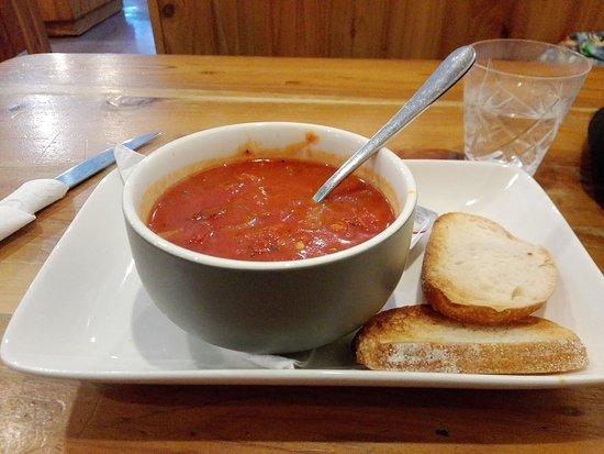 Raetihi, New Zealand: Tomato and Capsicum soup