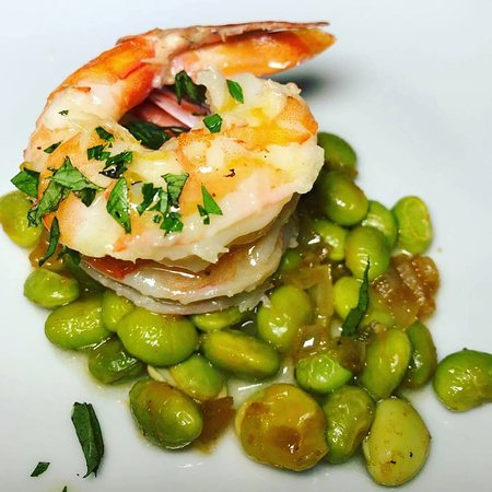 Shrimp with edamame