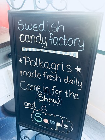 Swedish Candy Factory: Suh-WEET!