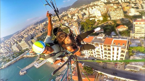 Paragliding Jounieh: 100 meter above the city