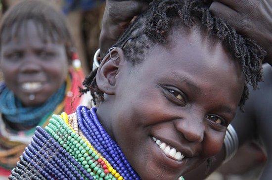 アディスアベバから6日間のオモバレー部族ツアー