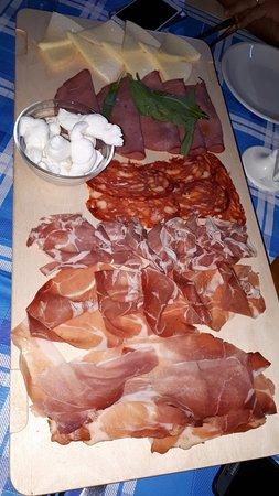 Sannicandro di Bari, إيطاليا: 20180727_212808_large.jpg