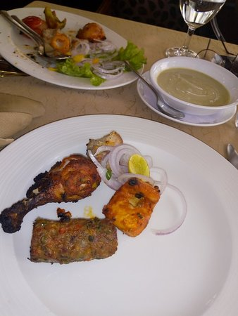 Falak Revolving Restaurant, Jammu City - Restaurant Reviews