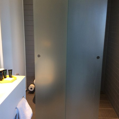 Bathroom, with separate toilet and shower , nice view from bathroom and room/beds
