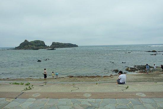 Fukaura Kasoseikayakimura Michi-no-Eki: 目の前が海です
