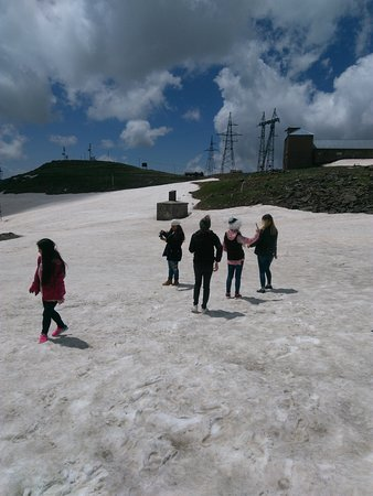 Aragatsotn, Armenien: Summer with our guests on Mount Aragats