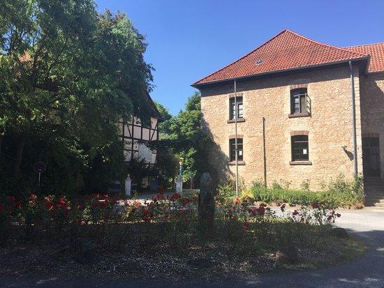 Portal Zur Geschichte Kloster Brunshausen