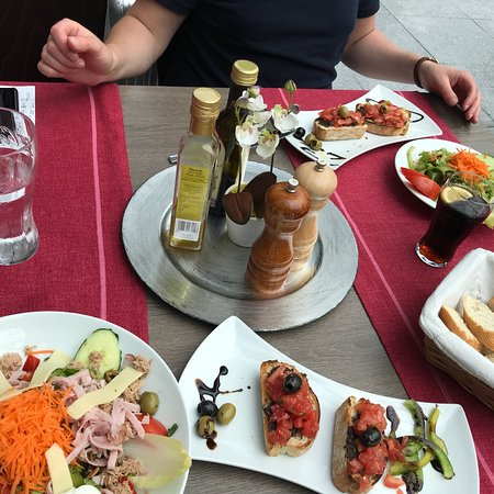 little italy frankfurt the squaire 16 restaurant reviews phone number photos tripadvisor. Black Bedroom Furniture Sets. Home Design Ideas