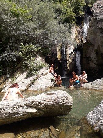 Berat, Albanien: Bogova Waterfall