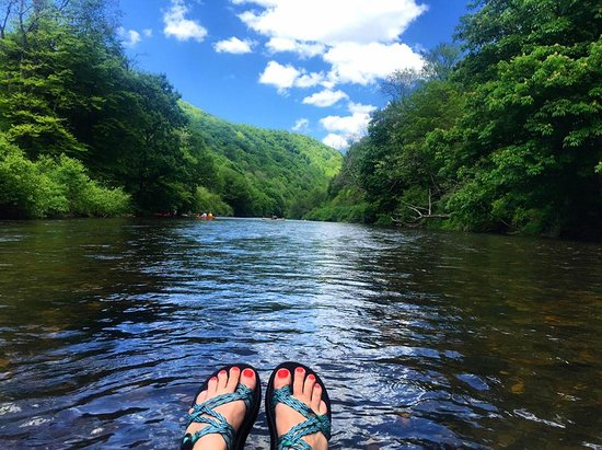 Banner Elk, NC: Floating on the New River
