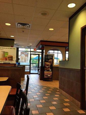 Beltsville, MD: dining area