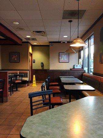 Beltsville, MD: dimly lit dining area