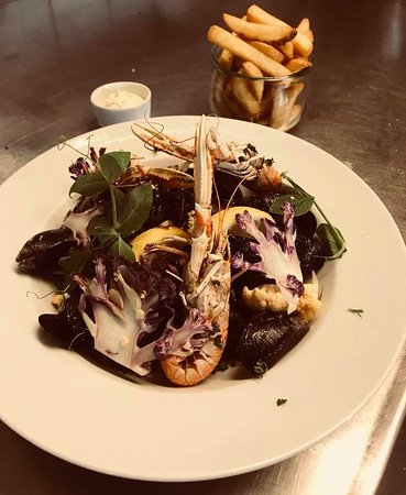 Vejby, Danmark: Catch of the day. mussels and lobster