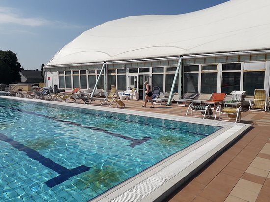 Piscine A 28 Picture Of Thermal Hotel Mosonmagyarovar Tripadvisor