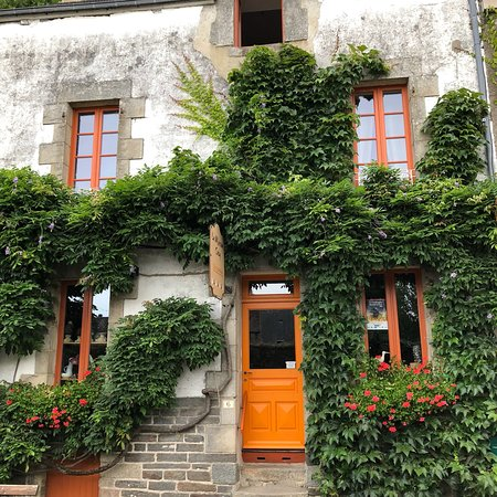 The 10 Best Accommodations in Maël-Carhaix, France ...