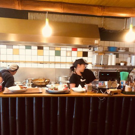 Pagode Thai Kitchen: Busy Day at the Pagode